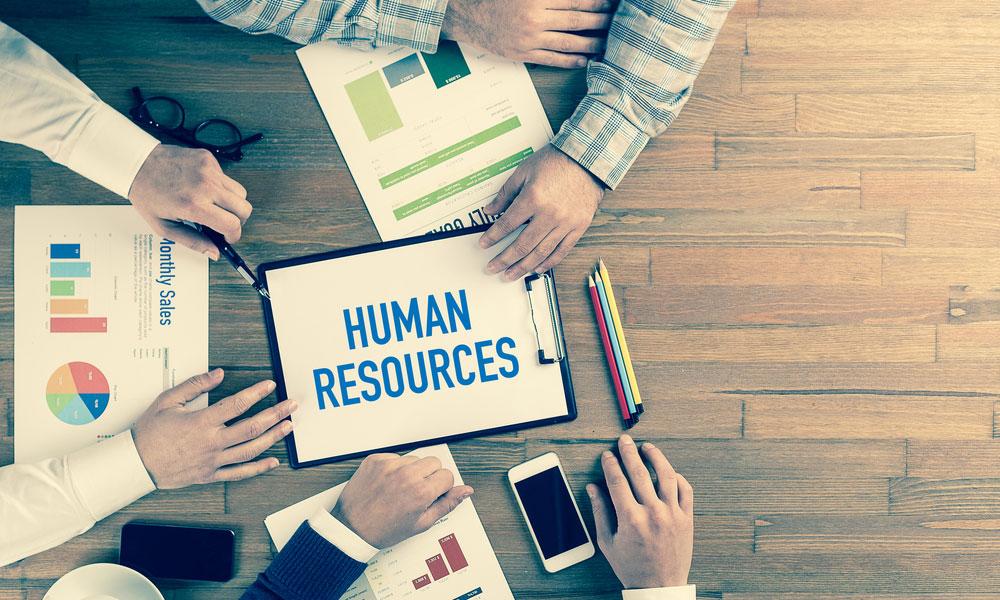 چالشهای مدیریت منابع انسانی-01